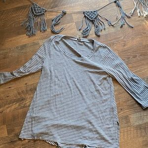 Sonoma WOMENS ribbed 3/4 sleeve shirt